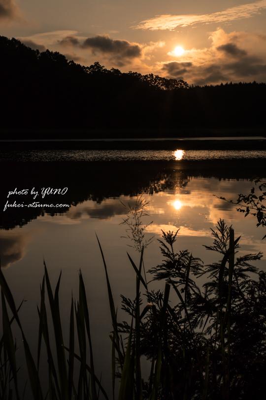 龍王ヶ渕・奈良・水鏡・日の出・朝日・二つの太陽・静寂・池