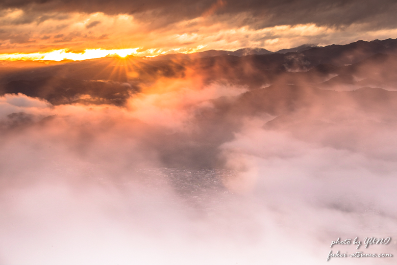 雲海・燃える・赤く染まる・日の出・朝日・風景写真撮影2