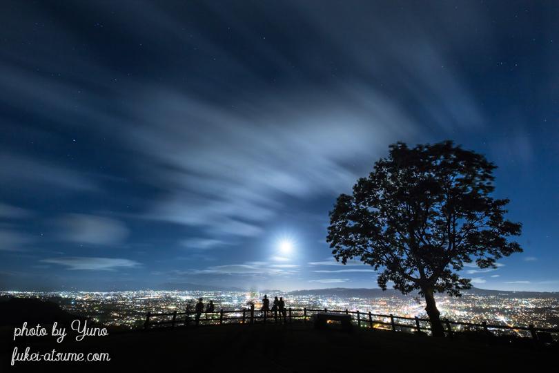 奈良・若草山・夜景・月夜