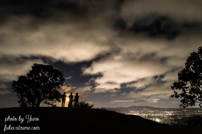 奈良・若草山・夜景・月夜・沈む月
